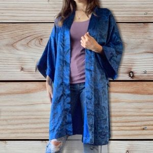SALE 💎 Vtg Frederick's of Hollywood Paisley Robe